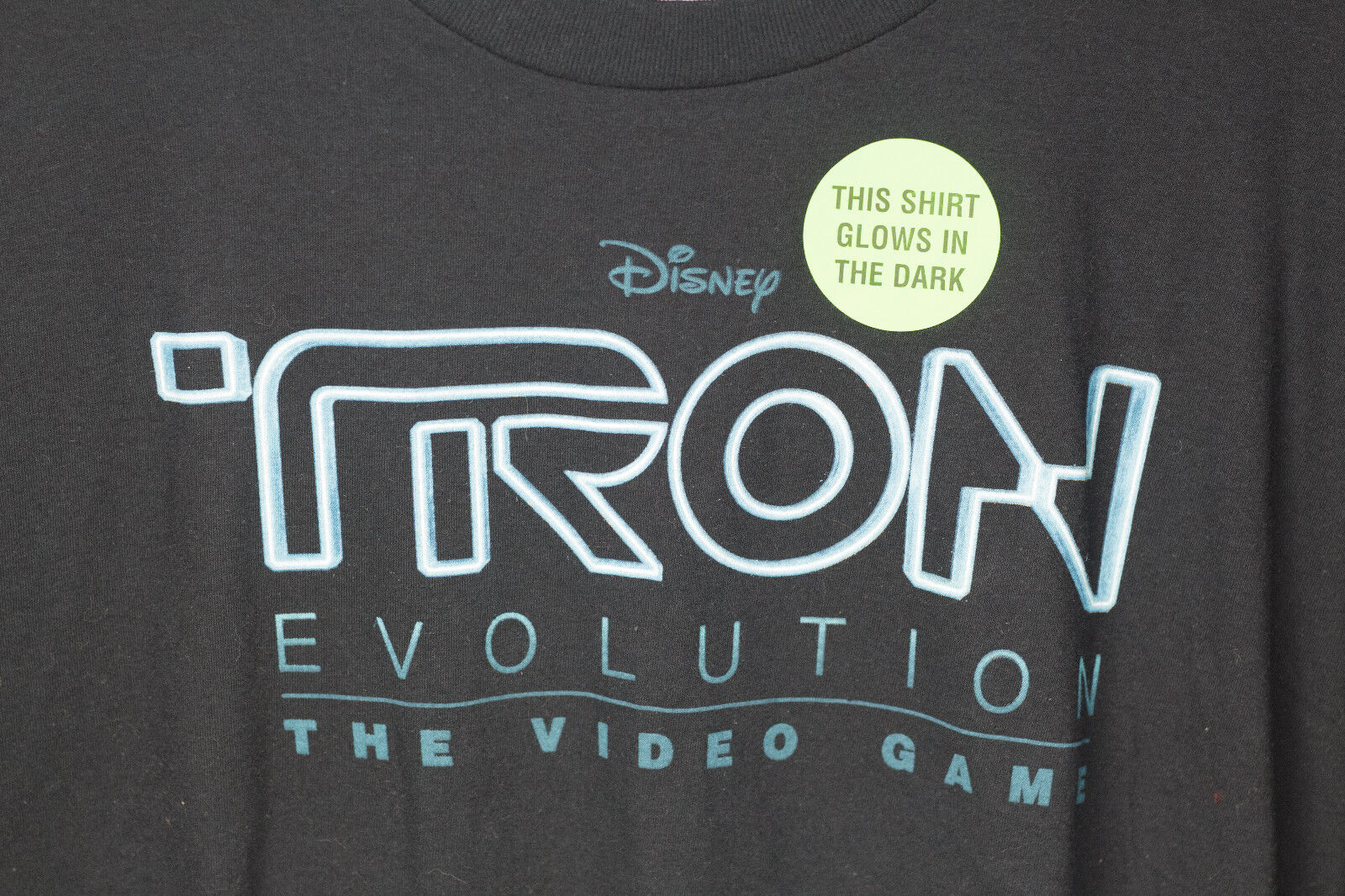 TRON EVOLUTION THE VIDEO GAME LEGACY DISNEY T-SHIRT MENS LARGE L T-SHIRT NEW