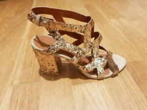 sandales à talon gold Givenchy