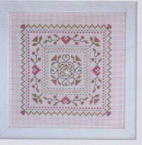 Carre-Fleuri-sweet-little-sampler-cross-stitch-chart-Jardin-Prive
