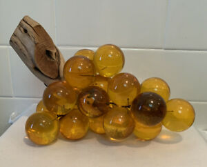 HUGE-Vintage-MCM-Driftwood-Lucite-Acrylic-Amber-Grape-Cluster-Sculpture-1960s