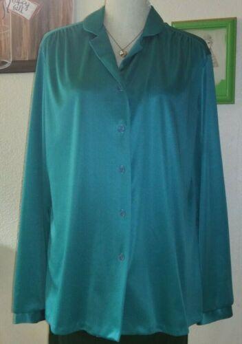 Morlove Women's Vintage Green Button Down Blouse.