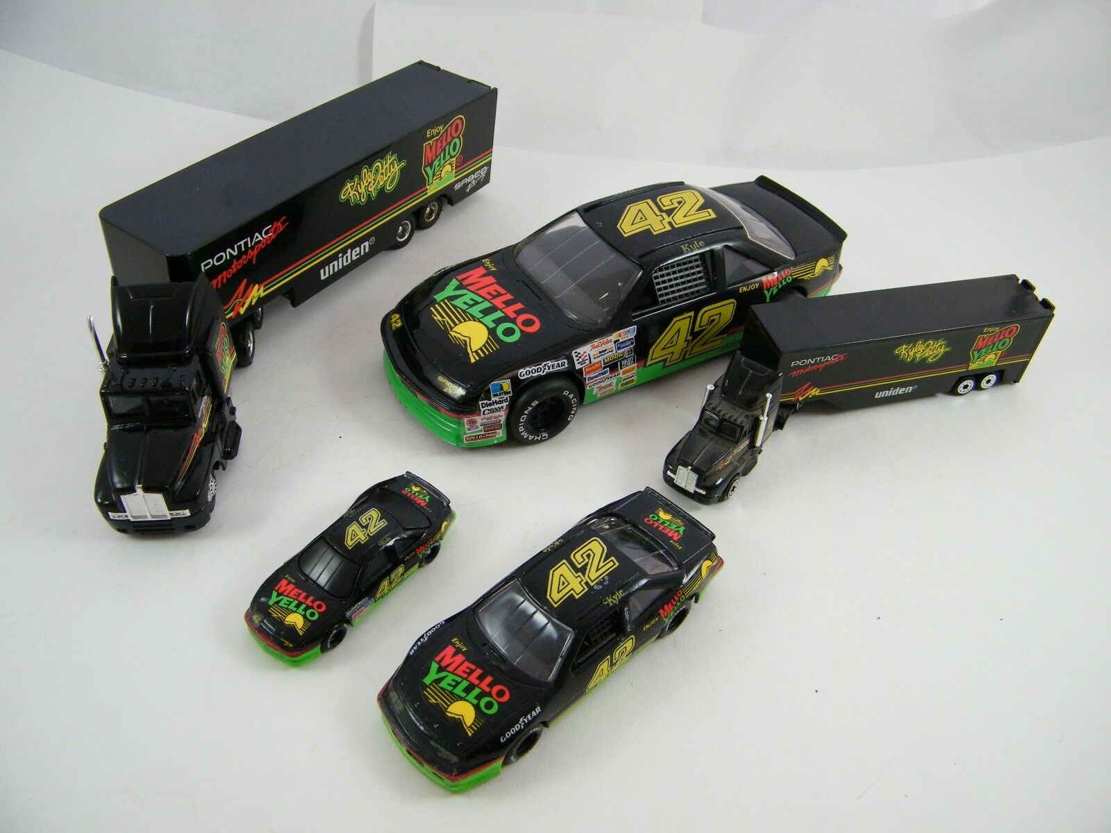 KYLE PETTY  MELLO YELLO RACING  TRANSPORTERS AND CARS