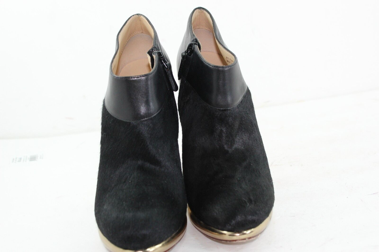 COLE HAAN REAL FUR DYED COW SIZE 8 B BALCK BALCK BALCK IN PRISTINE CONDITION a5e5c2