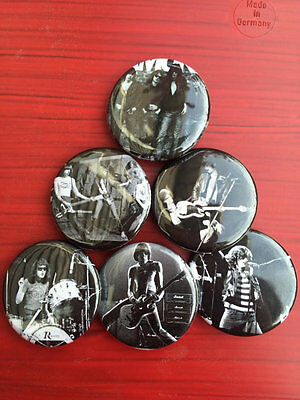"""1.25/"""" The Ramones pin back button set of 6"""