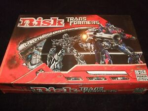 RISK-TRANSFORMERS-CYBERTRON-WAR-EDITION-MADE-BY-PARKER-IN-2007