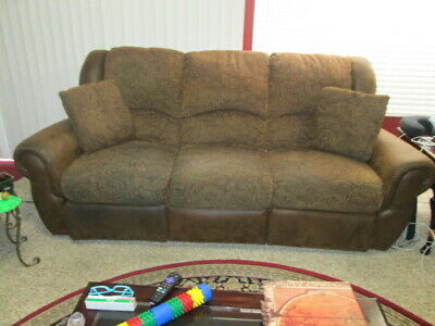 Excellent Brown Sofa Love Seat Set With Reclyners Excellent Condition Comfortable Lot Ebay Beatyapartments Chair Design Images Beatyapartmentscom