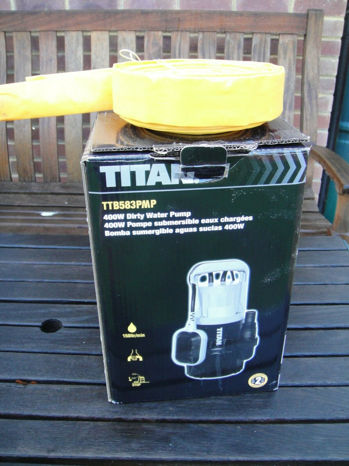 Titan 400w Automatic Submersible Water Pump + 10m x 32mm Yellow Hose