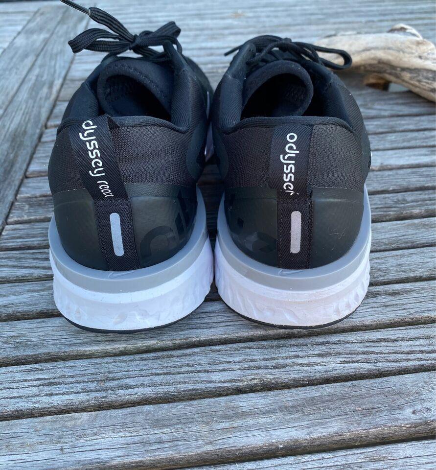 Løbesko, Odyssey React , Nike