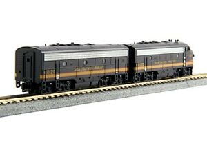 Kato-106-0423-N-Scale-EMD-F7-Freight-NP-6012D-6012C-DCC-Ready-Locomotive