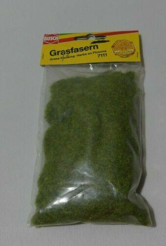 Busch Grasfasern 7111    Maigrün  H0//N//TT//Z//G//0   15 gramm  OVP