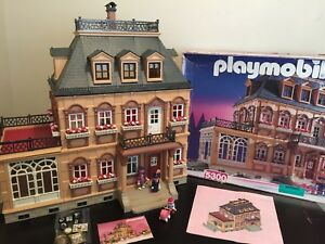 Playmobil 5300 Complete Large Victorian Dollhouse Family Box
