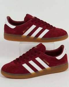 more photos 14128 d91f6 Image is loading Adidas-Originals-Adidas-Munchen-Trainers-in-Burgundy-amp-