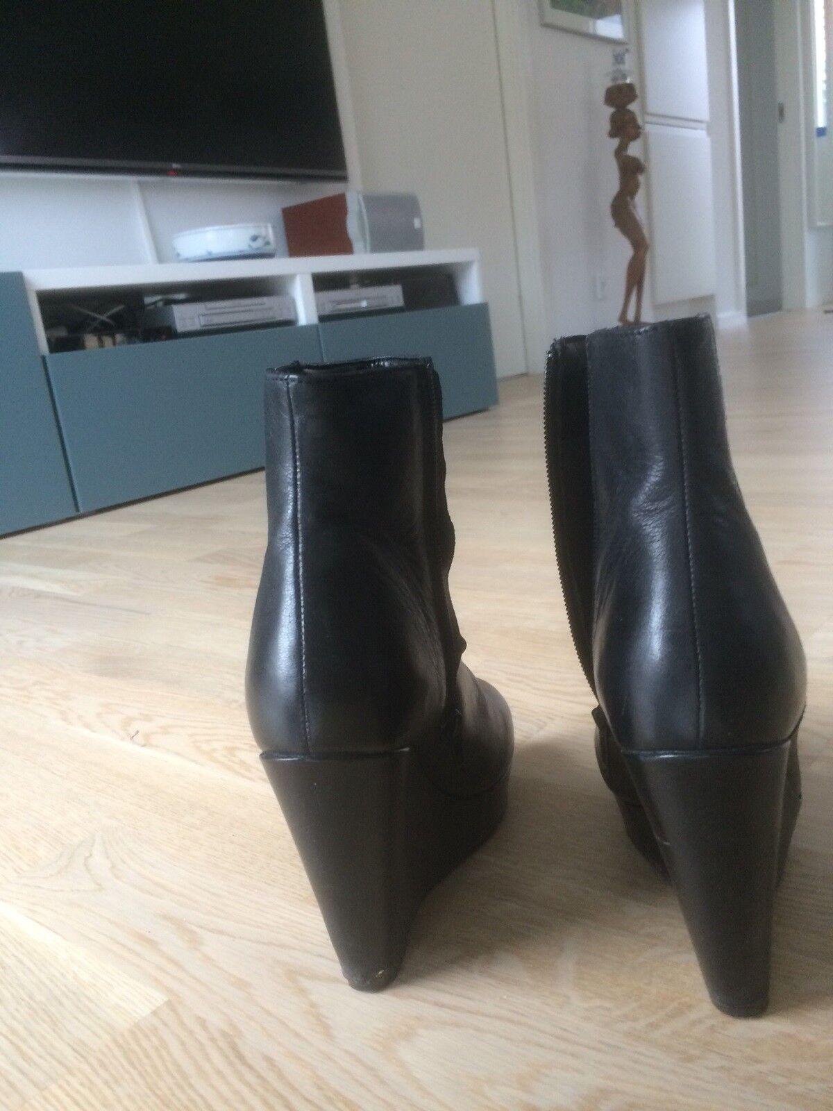 Støvler, str. 38, Jette Riis – dba.dk – Køb og Salg af Nyt
