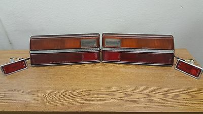 1977 Toyota Corona Tail Lights with Rear Side Marker Lights LH RH Left Right OEM