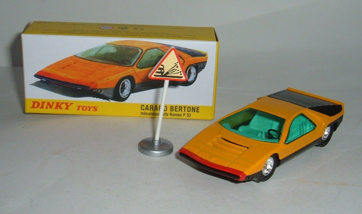 Atlas   Dinky Toys No. 1426, Carabo Bertone Mecanique Alfa Romeo, - Superb Mint