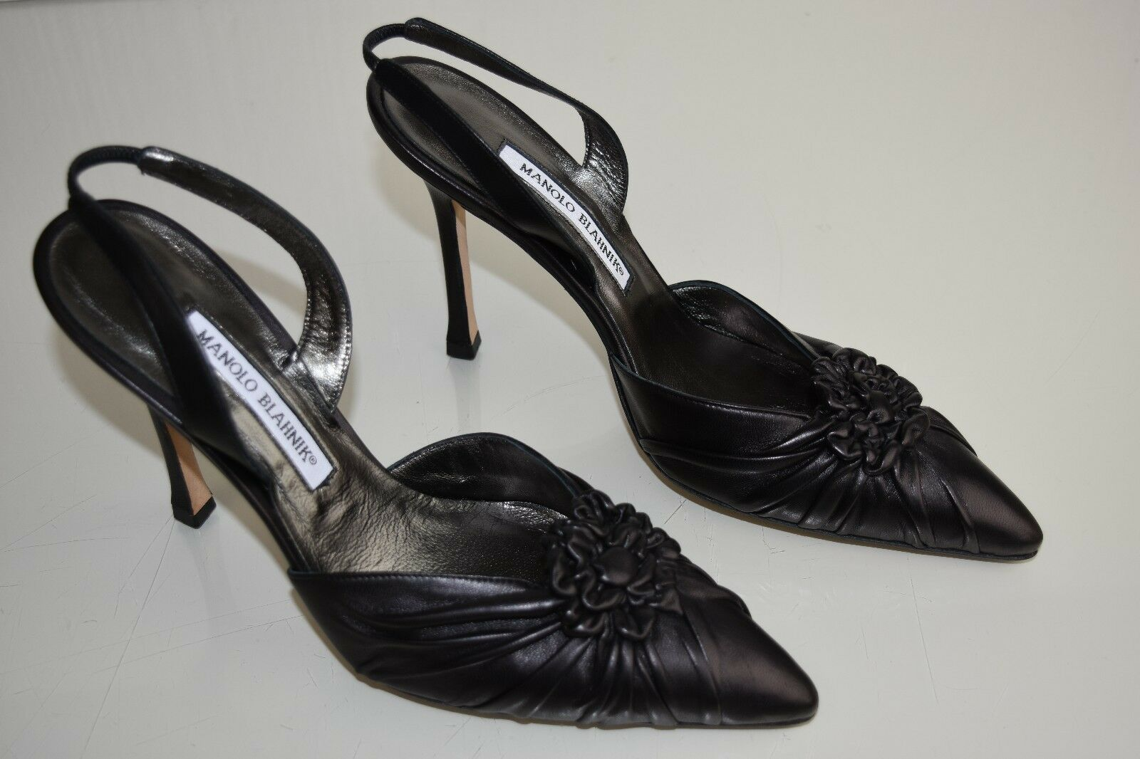 875 NEW Manolo Blahnik Malattiasl BLACK Leather Slings CAROLYNE Pumps shoes 39