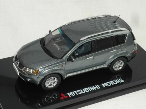 Mitsubishi OutLander Grau 2006-2010 Cw0w 2 Generation 1//43 Vitesse Modell Auto