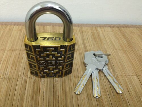 Awesome YUEMA 750-50mm Padlock with 360° Spinning Core 3 Keys!