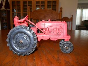 vintage 1950 auburn rubber farm tractor w driver 572 red w black