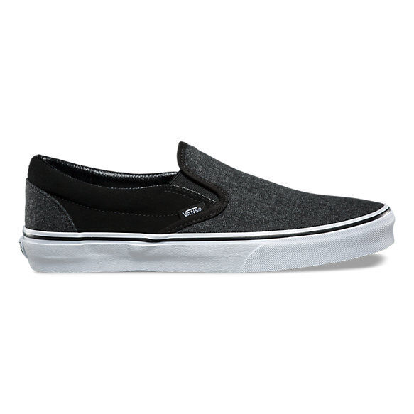 d7a94caf43 VANS Classic Slip-on Shoe Suede and Suiting Black Skate Shoes Men s Size 9