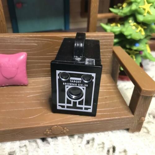A Pretend 1940s-era Camera From American Girl Nanea Birthday Accessories Toys