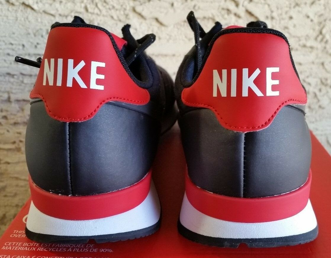 Nike Women's Internationalist Tech Tech Tech Fleece Black 749556 002 Size 11.5 = men's10 c6a5a4