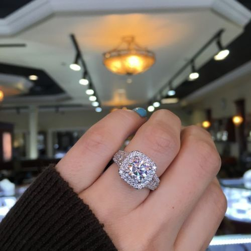 2.25 CT Round Cut moissanite Delicate Diamond Halo Engagement Ring 925 Silver