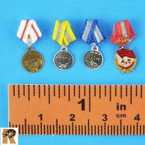 Armée rouge officier supérieur-badges Lot de 4-échelle 1//6 alerte Ligne Action Figures