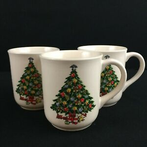 Set-of-3-VTG-Mugs-by-Mount-Clemens-Pottery-Christmas-Tree-Holiday-Green