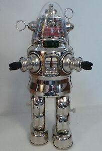 FORBIDDEN-PLANET-ROBBY-THE-ROBOT-13-034-SILVER-CHROME-MODEL