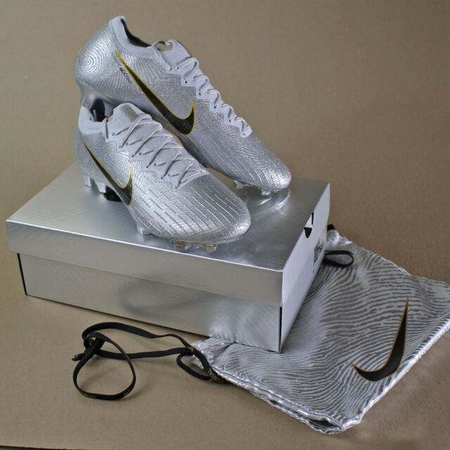 29b7a244e Frequently bought together. Nike Mercurial Vapor 12 Elite SE FG Firm-Ground  Soccer Cleat ...