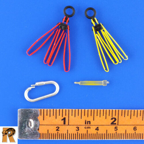1//6 Scale MC Toys Action Figures Armed Maid Zip Cuffs /& Glowstick /& Clip