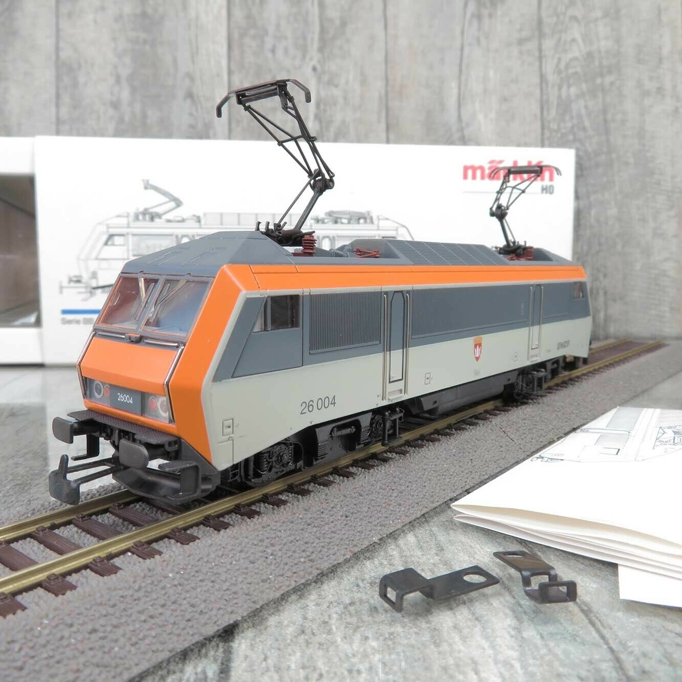 M?Rklin Hamo 8334 - H 0 - E - LOK - SNCF 26 004 -アナログ- OVP - CHENLY U 28855