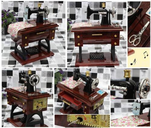 Nähmaschine mit mobil Cm.21H VINTAGE Bonbonniere mit CARILLON+bewegung Spieldosen