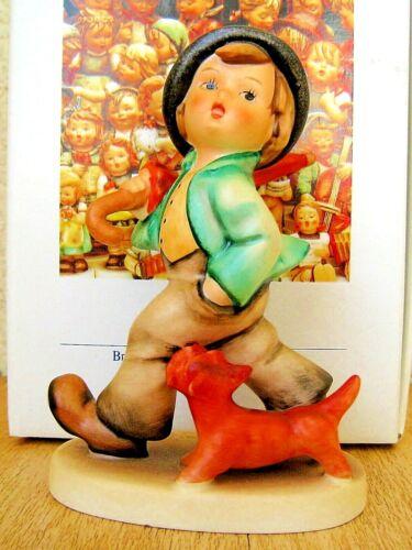 "Hummel Figurine /""STROLLING ALONG/"" HUM 5 TMK6 Goebel Germany RETIRED MIB R610"