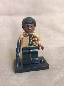 NEW LEGO Star Wars Finn Minifig 75139 75105