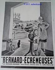 PUBLICITE BERNARD ECREMEUSES MOTEURS LAIT VACHE CHAT NOIR DE 1942 FRENCH AD PUB