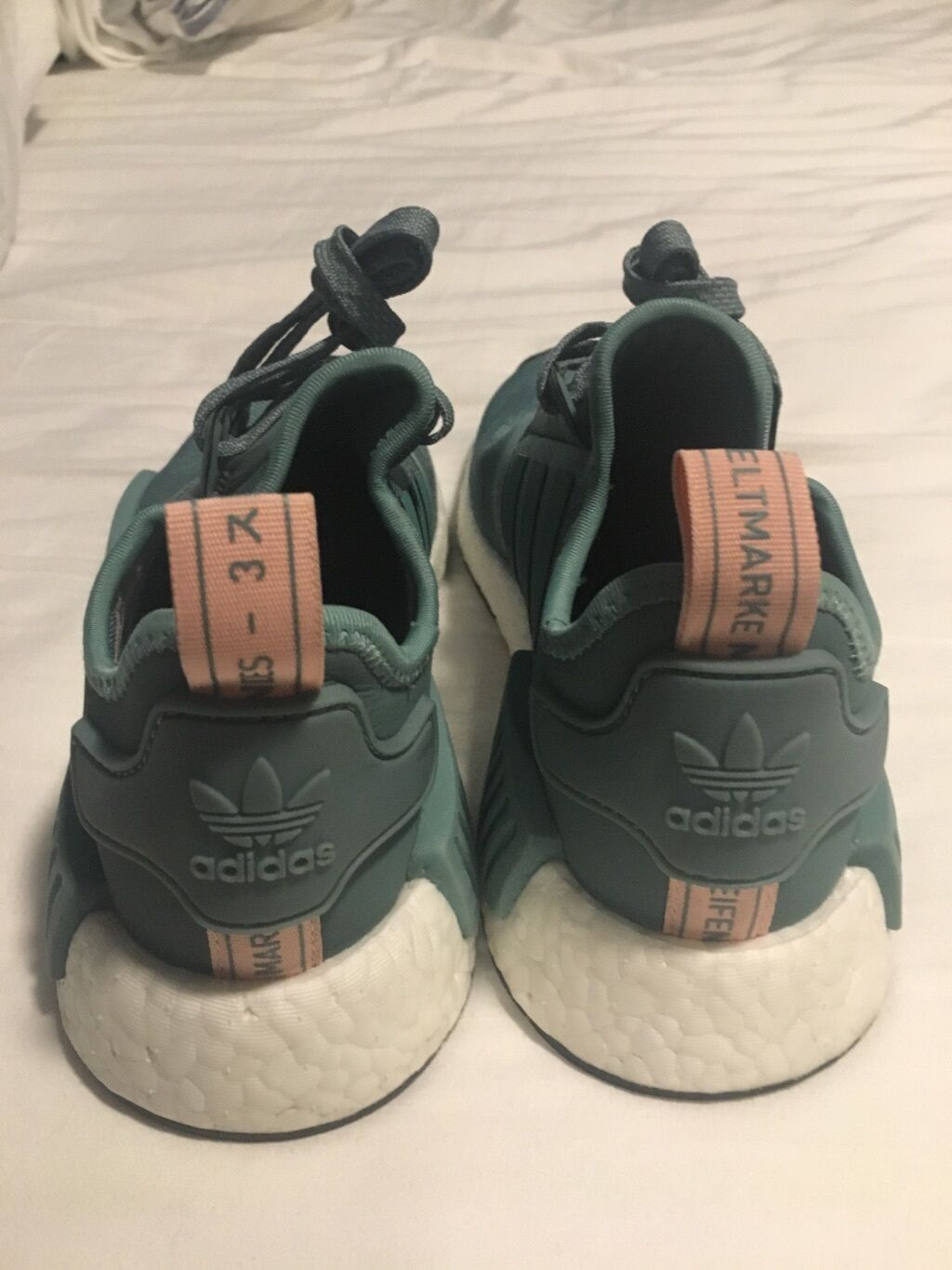 Adidas NMD womens vapour green green vapour and pink SIZE 5.5 ab7cc6