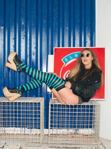 femmes au-dessus du genou coloré COMPLET Chaussettes à rayures riche en coton