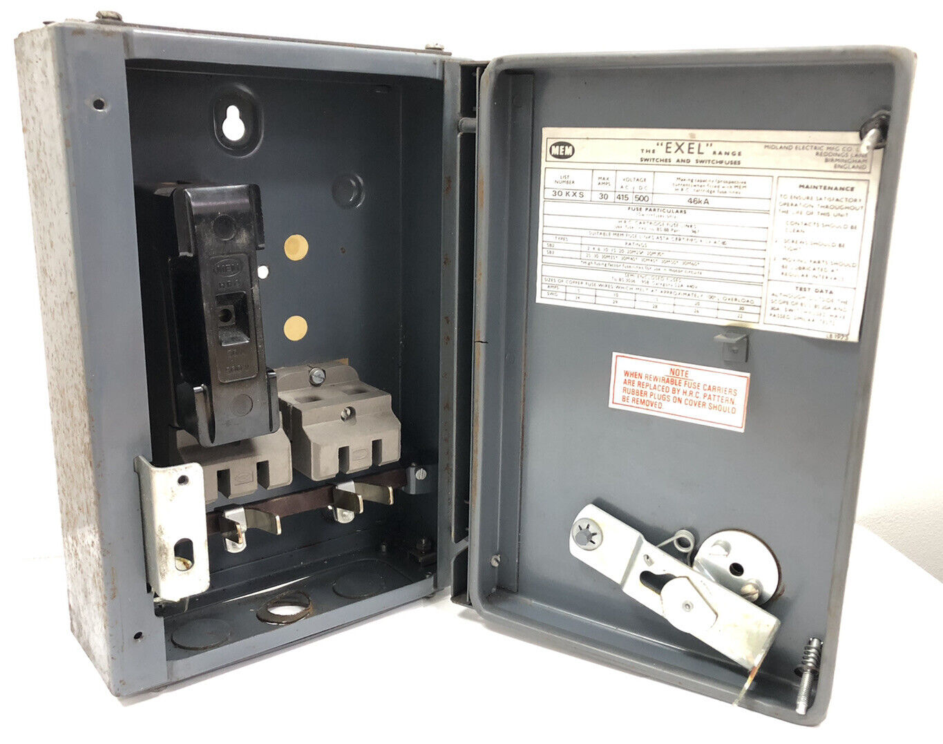 Eaton MEM 32A ElectricaL Fuse Switch Disconnector 1Pole Isolator SPSN HRC Switch