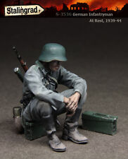 STALINGRAD MINIATURES, 1:35, German Infantryman At Rest, 1939-44, S-3536