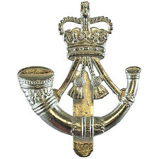 OFFICIAL Issue British Army The Rifles Cap / Beret Badge ( Infantry V Hook