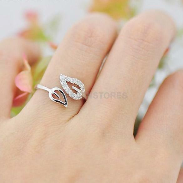 Women Chic Sparkling Leaf Crystal Rhinestone Silver CUTE Adjustable Finger Ring