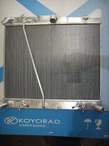 Radiator-Toyota-Hiace-KDH-2-5L-3L-Diesel-commuter-Bus-05-10-Auto-Koyo-Unit