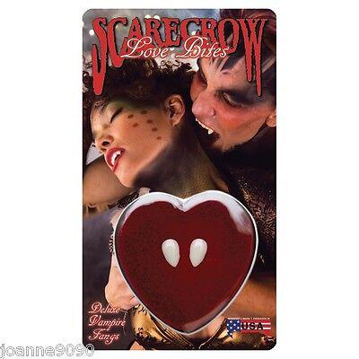 HALLOWEEN SCARECROW LOVE BITES SMALL DELUXE VAMPIRE FANGS CAPS HEART DISPLAY BOX