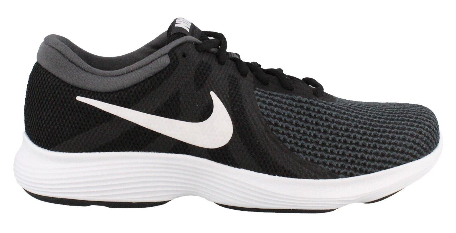 Nike uomini 'rivoluzione 4 scarpe da corsa extra larghi 4e (aa7402 001) nero / bianco