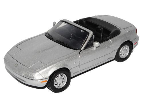 Generation NA 1989-1998 1//24 Motormax Modell Auto mi Mazda MX-5 Cabrio Silber 1