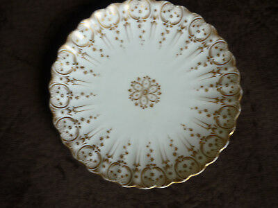 To Invigorate Health Effectively Beautiful Vintage Gold & White Wall Or Cabinet Plate/ Very Nice Decorative Arts