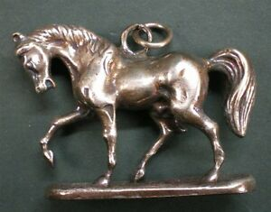 Trachten & Accessoires Trendmarkierung Charivari Pferd Buy One Give One