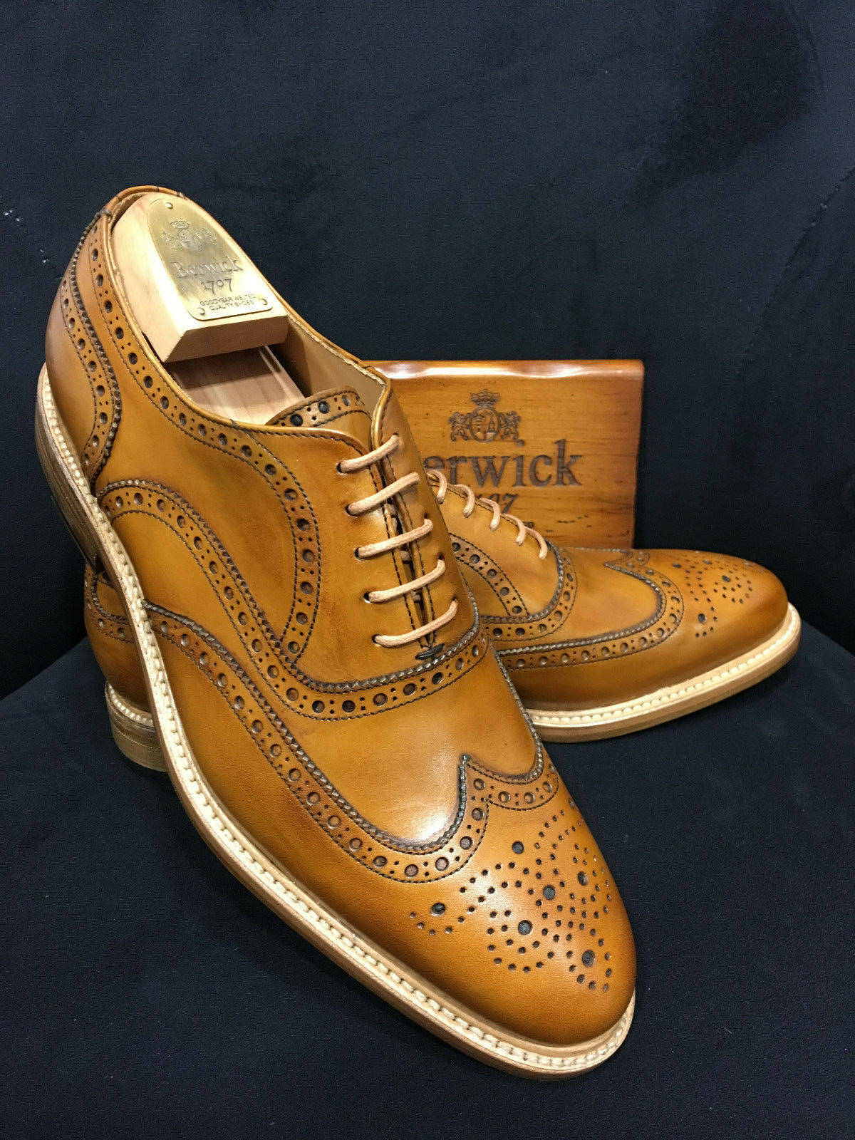 Berwick 1707 Zapatos de Cuero Oxford Coñac Goodyear Welted
